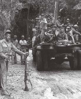 A foto tirada por um militar, na chegada do Exército à região do Araguaia, em setembro de 1972