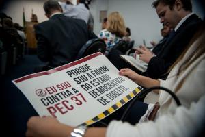 Material da campanha contra a PEC 37. Foto: Marcelo Camargo/ABr)