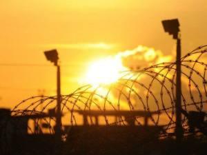 Imagem do centro de detenção Camp Delta na base americana de Guantánamo. AFP / Michelle Shephard