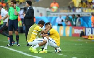 O capitão senta na bola e chora