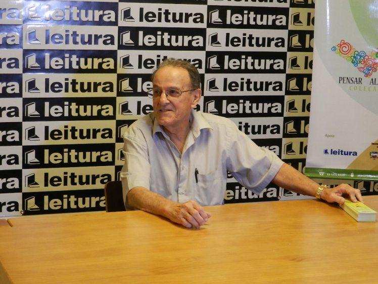 Lançamento do livro de Lauthenay na TV Gazeta - em 2014 (5)