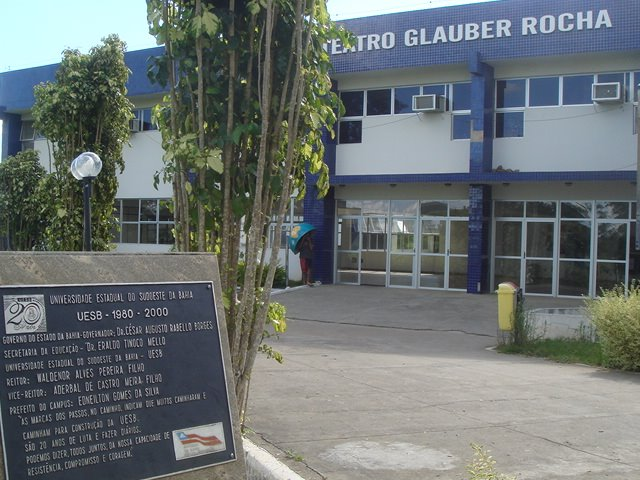 Teatro Glauber Rocha - UESB