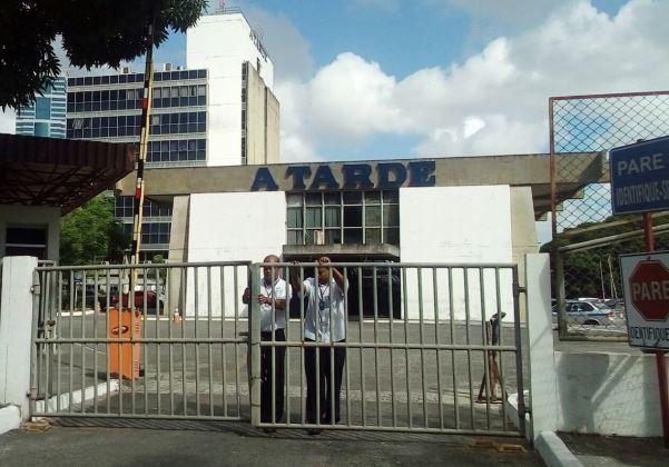 A TARDE de portas fechadas - Juliana Dias - bahia.ba