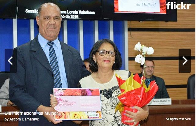 O vereador Sydnei Oliveira e a homenageada Maria da Glória