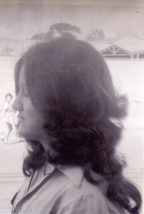 Simone Andrade Quadros - 20-09-1974