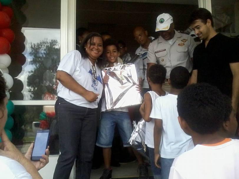 criancas-do-gesa-no-projeto-quartel-de-portas-abertas-iii